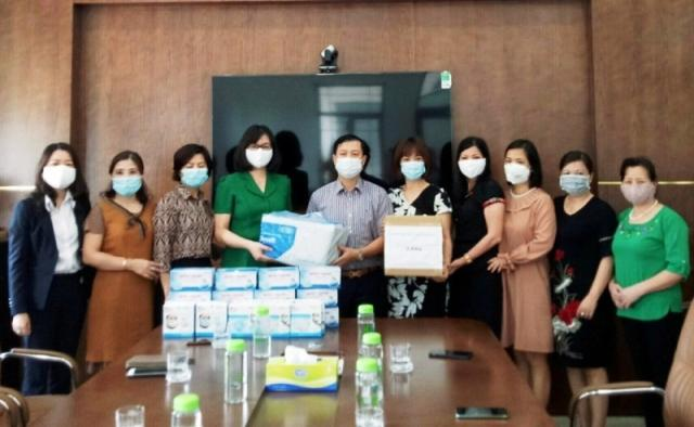 Quận Thanh Xuân: Phụ nữ chung tay phòng, chống dịch Covid-19 Ảnh 1