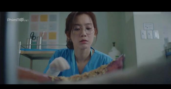 Hospital Playlist (Chuyện đời bác sĩ): Bóng hồng duy nhất thất tình và hội bạn thân lại rủ nhau ế bền vững Ảnh 11