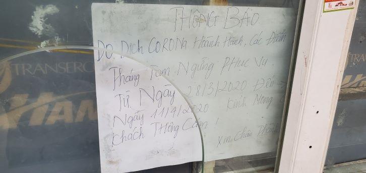 Chống dịch Covid-19: Hà Nội ngày đầu tiên vắng bóng xe buýt Ảnh 8