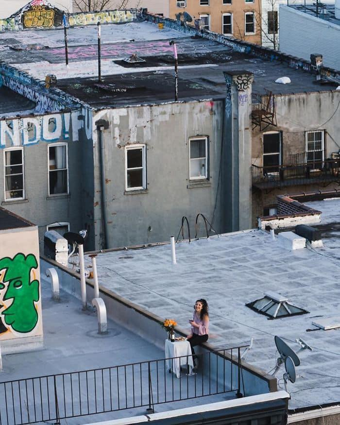 Ở nhà tránh dịch, thanh niên FA cưa đổ cô gái tòa nhà kế bên bằng fly-cam Ảnh 10
