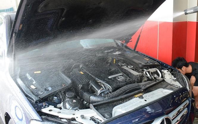 Những sai lầm trong bảo dưỡng ô tô khiến 'tiền mất, tật mang' Ảnh 3