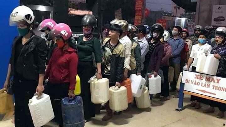 Bộ Công Thương: Xăng dầu không thiếu, người dân không mua tích trữ