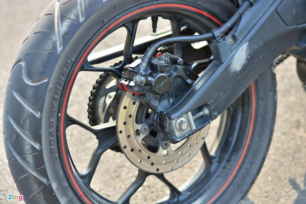 Yamaha TFX biến hóa thành Ducati Hypermotard độc nhất VN Ảnh 11