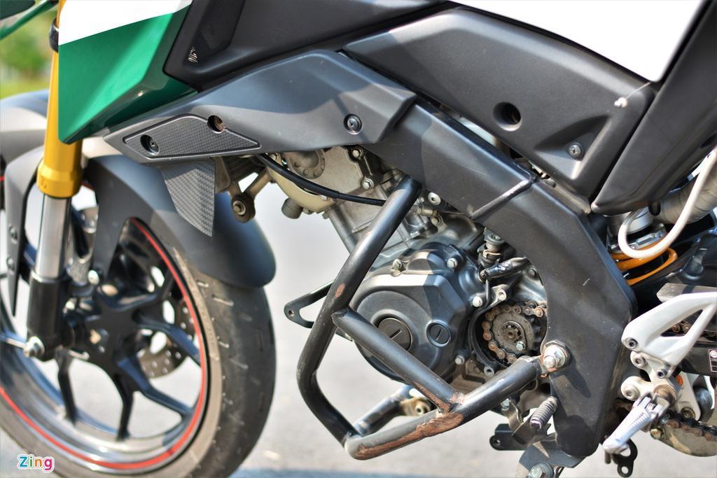 Yamaha TFX biến hóa thành Ducati Hypermotard độc nhất VN Ảnh 9