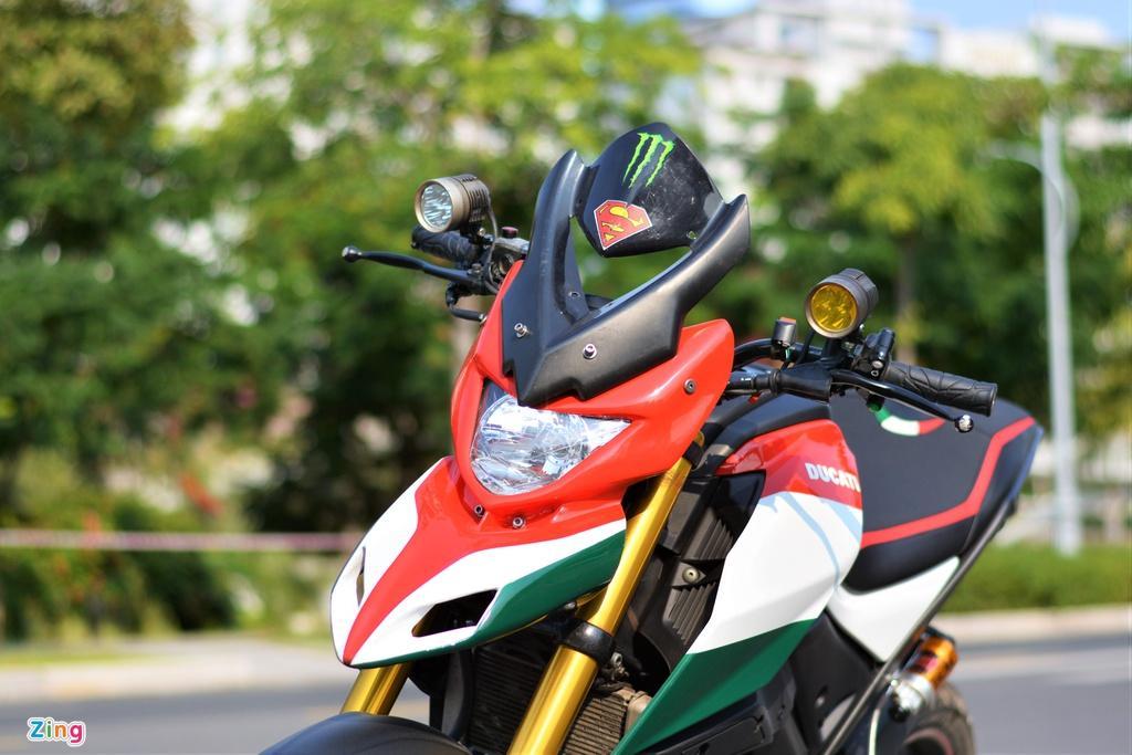 Yamaha TFX biến hóa thành Ducati Hypermotard độc nhất VN Ảnh 2