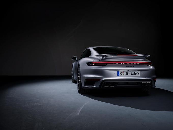 Porsche 911 Turbo S vừa ra mắt mạnh cỡ nào? Ảnh 7