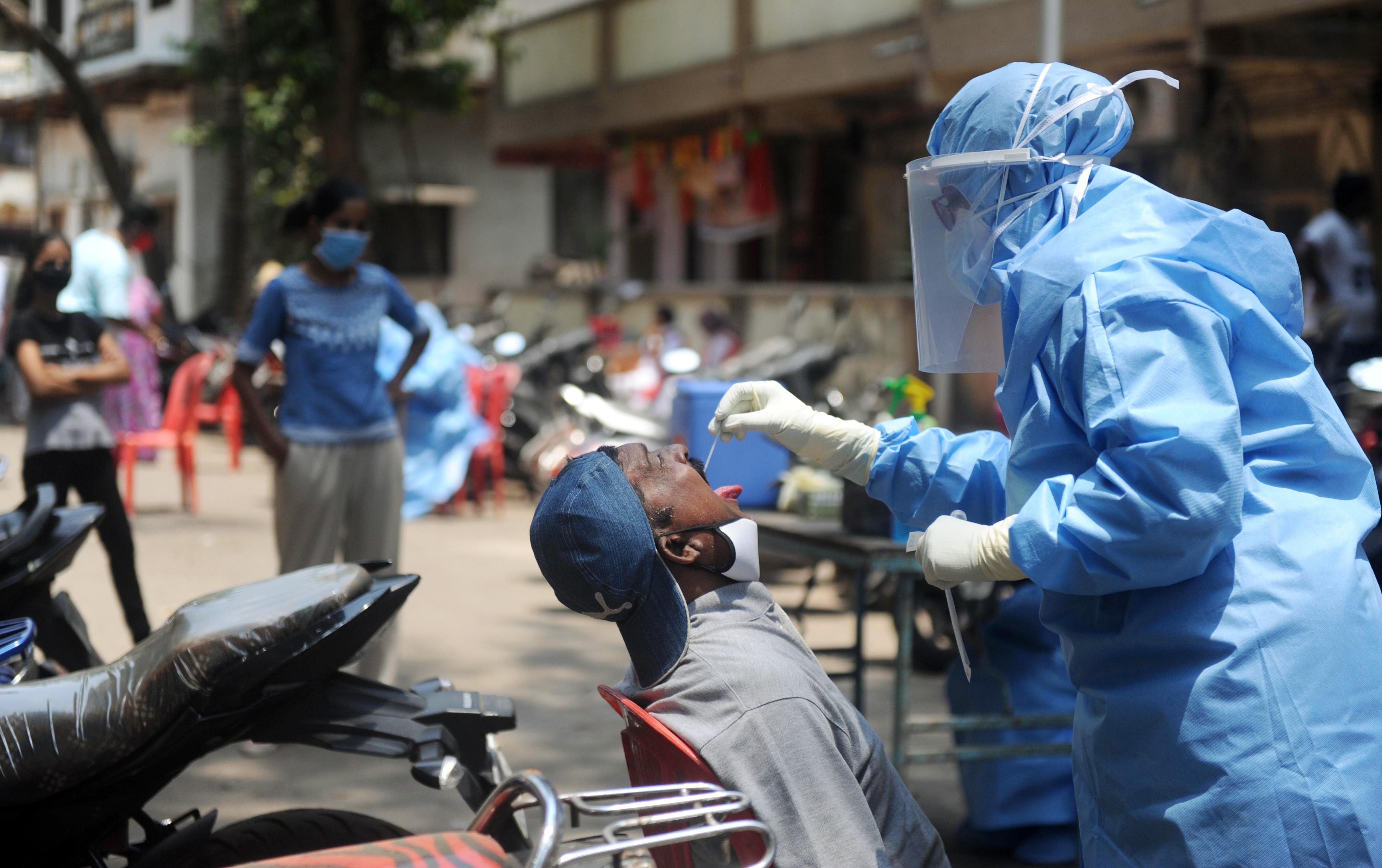 Tốc độ lây nhiễm Covid-19 tại Ấn Độ đang chậm lại từ khi cách ly Ảnh 1