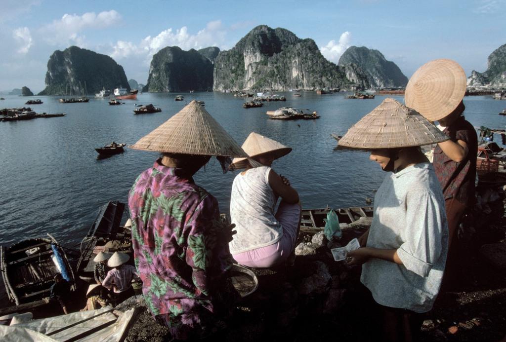 Nhịp sống hối hả, nhộn nhịp ở Quảng Ninh năm 1994-1995 Ảnh 4