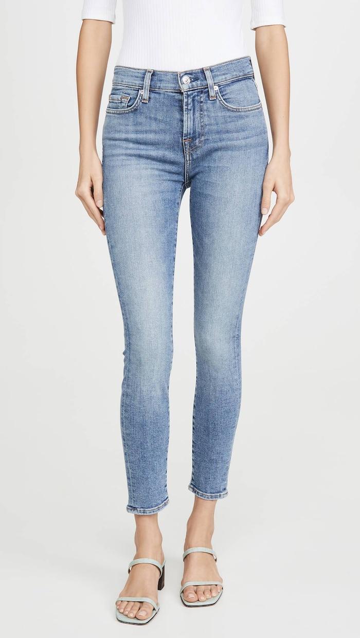 5 cách mix quần jeans đi làm thật thanh lịch cho ngày tới công sở sau khi hết cách ly xã hội Ảnh 19