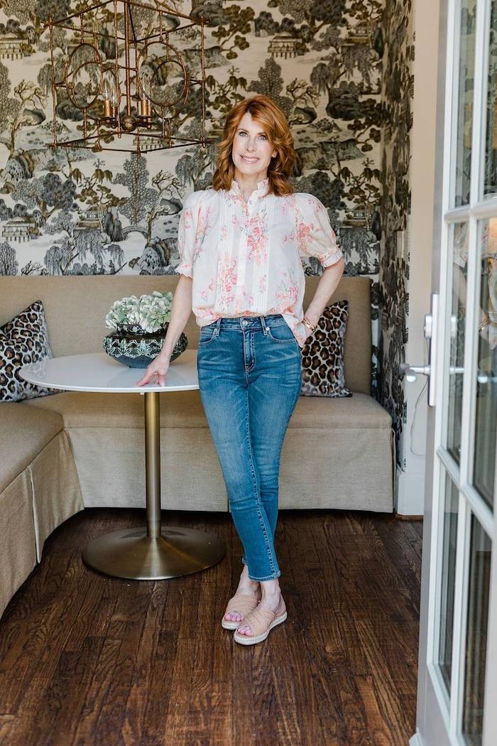 5 cách mix quần jeans đi làm thật thanh lịch cho ngày tới công sở sau khi hết cách ly xã hội Ảnh 1