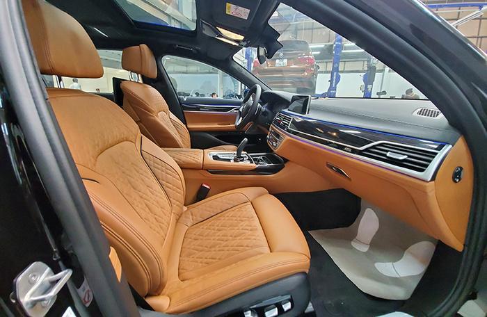 Đánh giá nhanh BMW 740Li Pure Excellence giá gần 6,3 tỷ đồng tại thị trường Việt Nam Ảnh 16