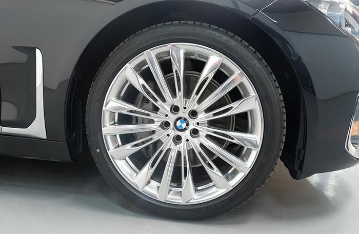 Đánh giá nhanh BMW 740Li Pure Excellence giá gần 6,3 tỷ đồng tại thị trường Việt Nam Ảnh 27