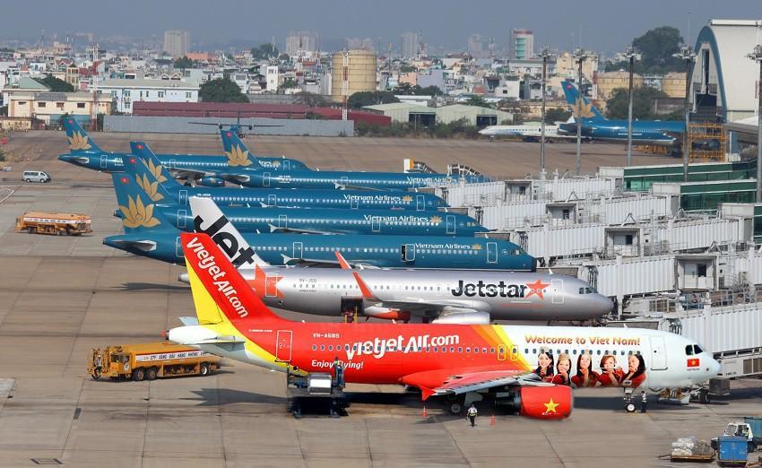 Gần 200 chuyến bay đến Nội Bài sau 2 ngày nới cách ly xã hội Ảnh 2
