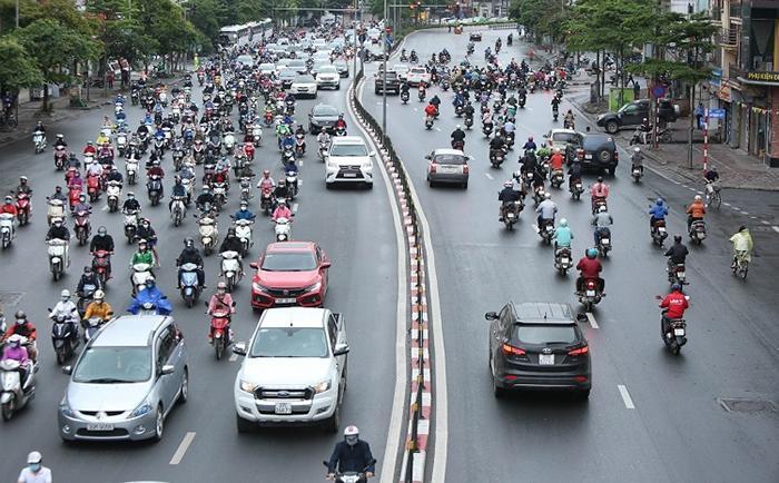 Hà Nội tăng cường các biện pháp bảo đảm an toàn giao thông dịp nghỉ lễ Ảnh 1