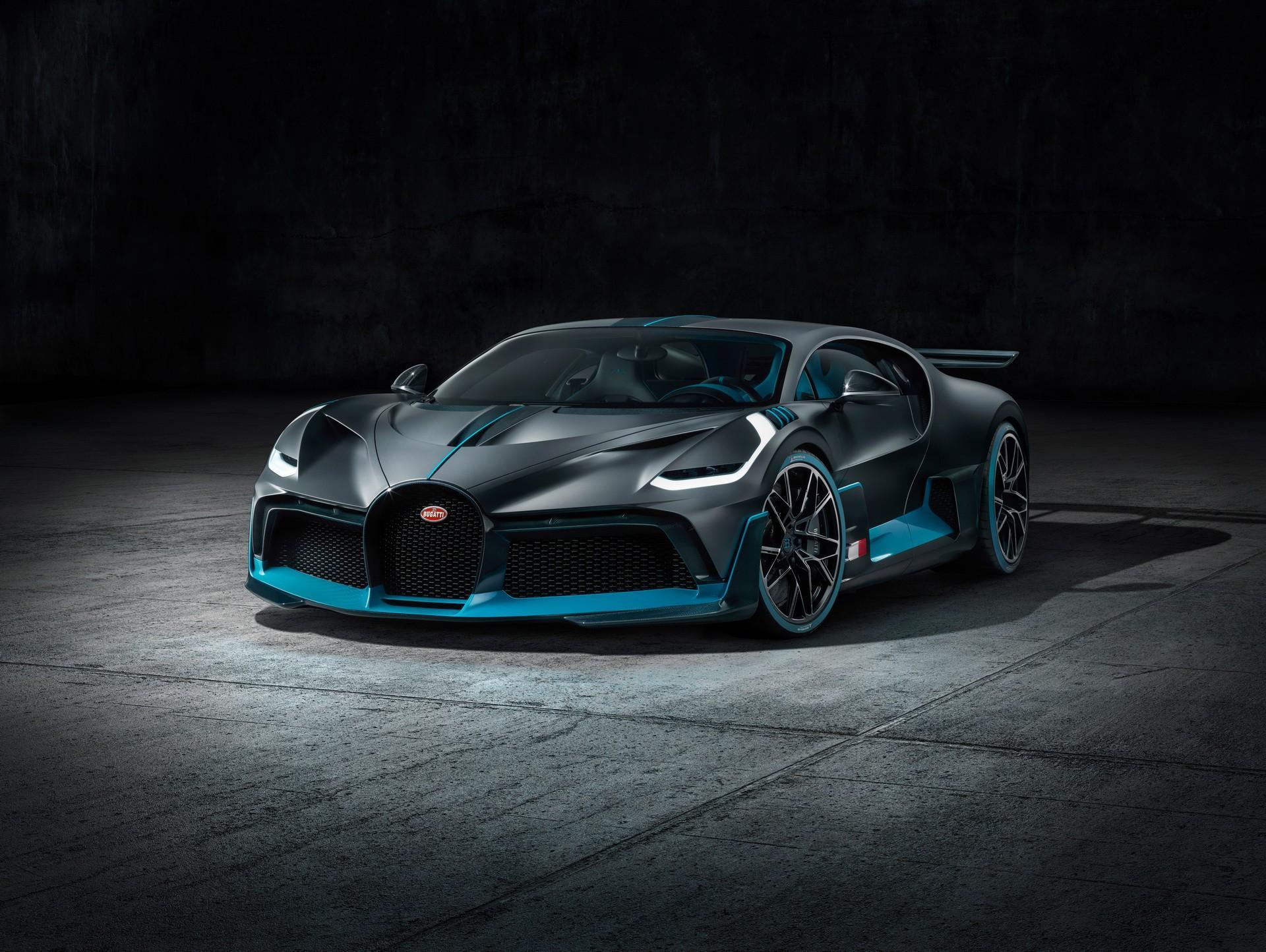 Mẫu Bugatti Divo đầu tiên sẽ được bán ra với mức giá hơn 5,4 triệu USD Ảnh 1