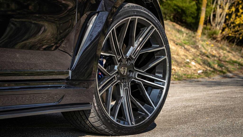 BMW X7 cơ bắp hơn với bản độ thân rộng Ảnh 5