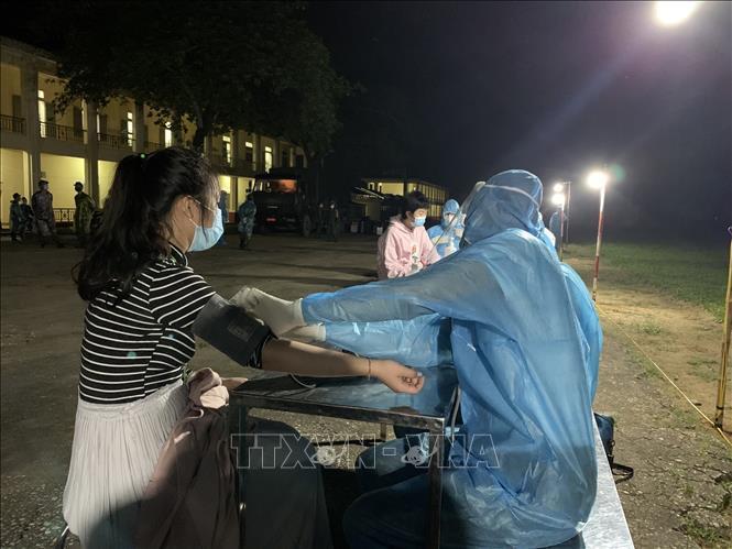 Sau 16 ngày Việt Nam không có ca mắc mới COVID-19, Thành phố Hồ Chí Minh đẩy nhanh tiến độ hỗ trợ đối tượng khó khăn bị ảnh hưởng dịch bệnh Ảnh 2