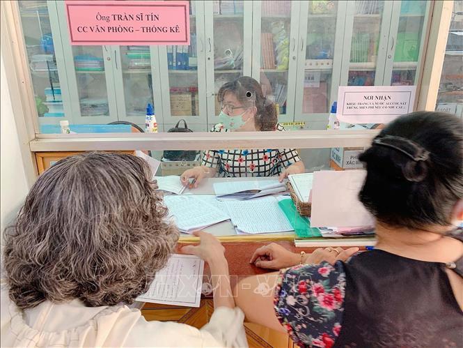 Sau 16 ngày Việt Nam không có ca mắc mới COVID-19, Thành phố Hồ Chí Minh đẩy nhanh tiến độ hỗ trợ đối tượng khó khăn bị ảnh hưởng dịch bệnh Ảnh 1