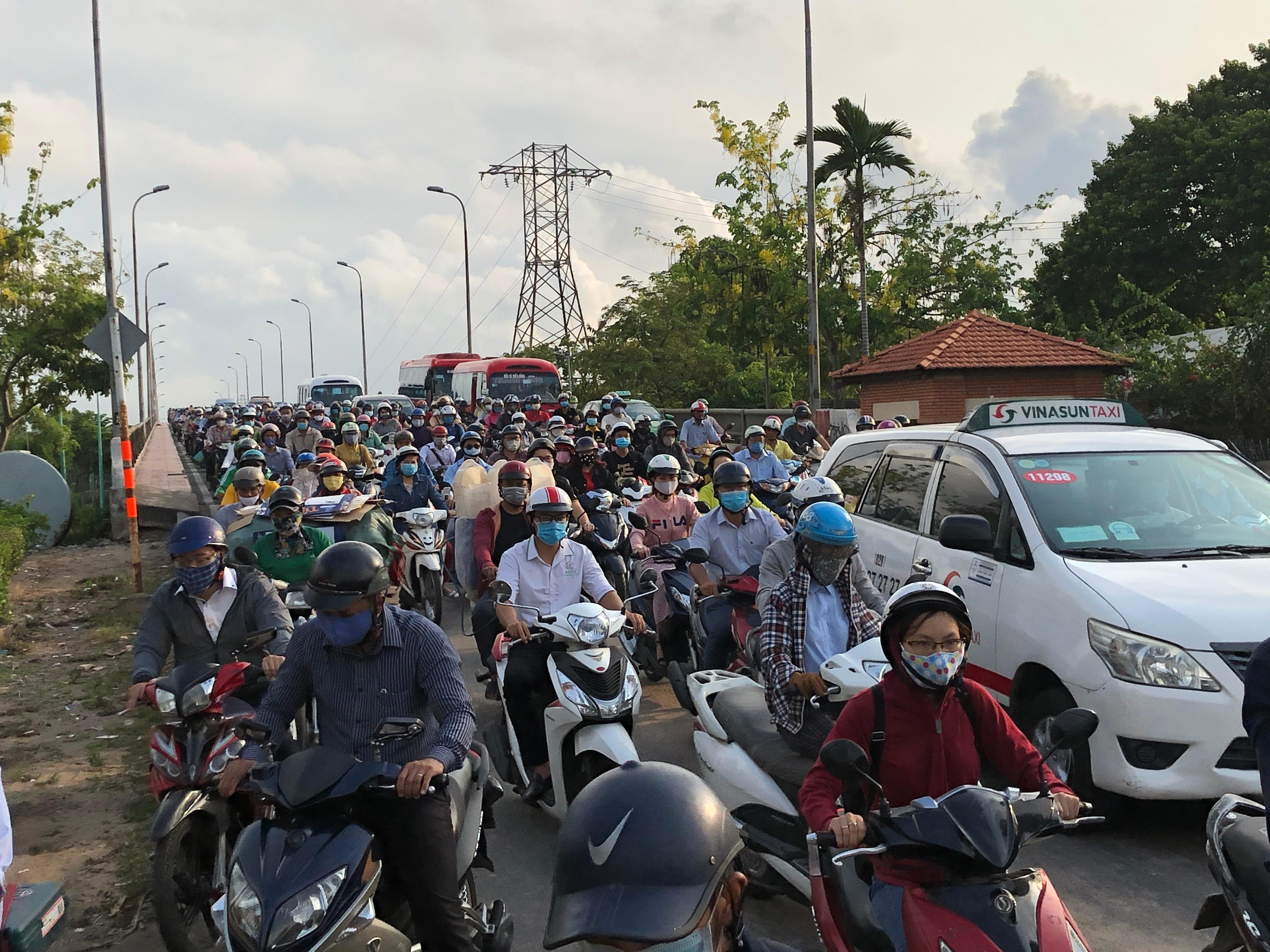 Sài Gòn kẹt xe trở lại Ảnh 1