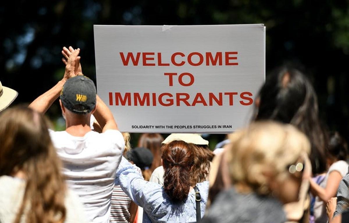 Tranh cãi xung quanh vấn đề lao động di cư tại Australia Ảnh 1