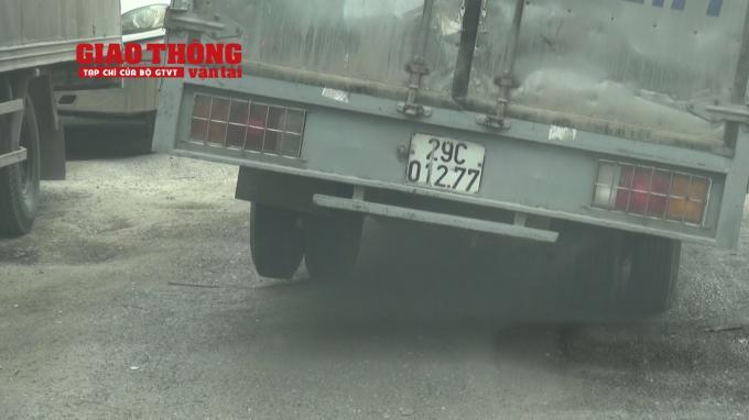 Con đường 'tang thương' dưới vệt bánh xe quá tải Ảnh 13