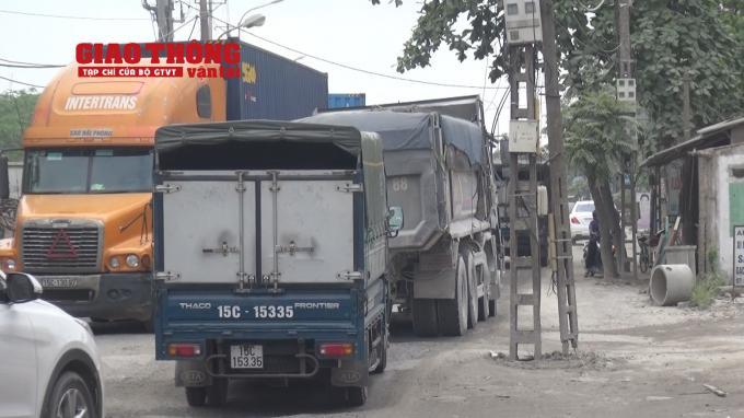 Con đường 'tang thương' dưới vệt bánh xe quá tải Ảnh 15