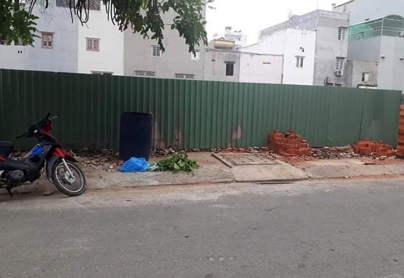 Quận Bình Tân: Bé trai sơ sinh 3 ký bị bỏ rơi trong thùng rác Ảnh 2