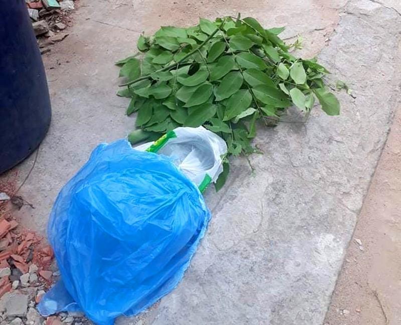 Quận Bình Tân: Bé trai sơ sinh 3 ký bị bỏ rơi trong thùng rác Ảnh 3