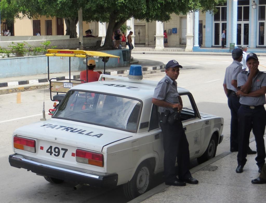 Người Cuba và tình yêu với những chiếc Lada Ảnh 6