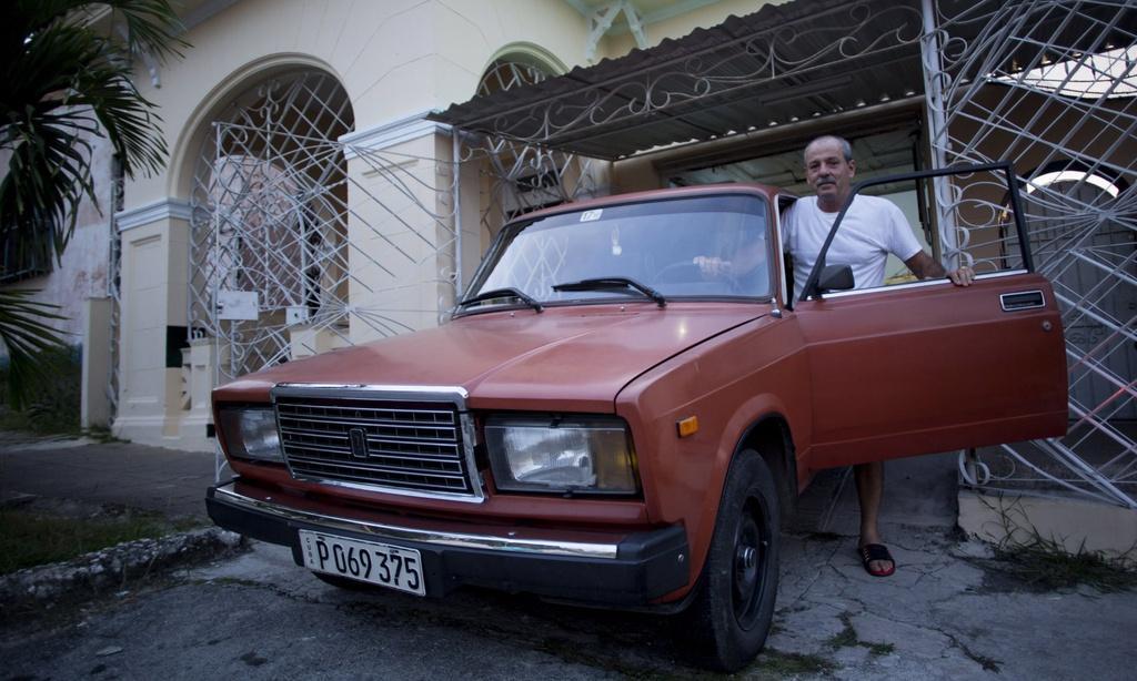 Người Cuba và tình yêu với những chiếc Lada Ảnh 2
