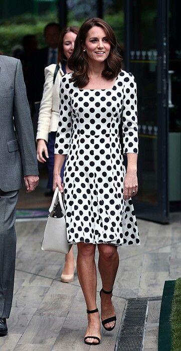 Mùa Hè chăm diện váy vóc, học theo Công nương Kate cách chọn giày với váy thì style của các chị em còn thăng điểm vài phần Ảnh 8