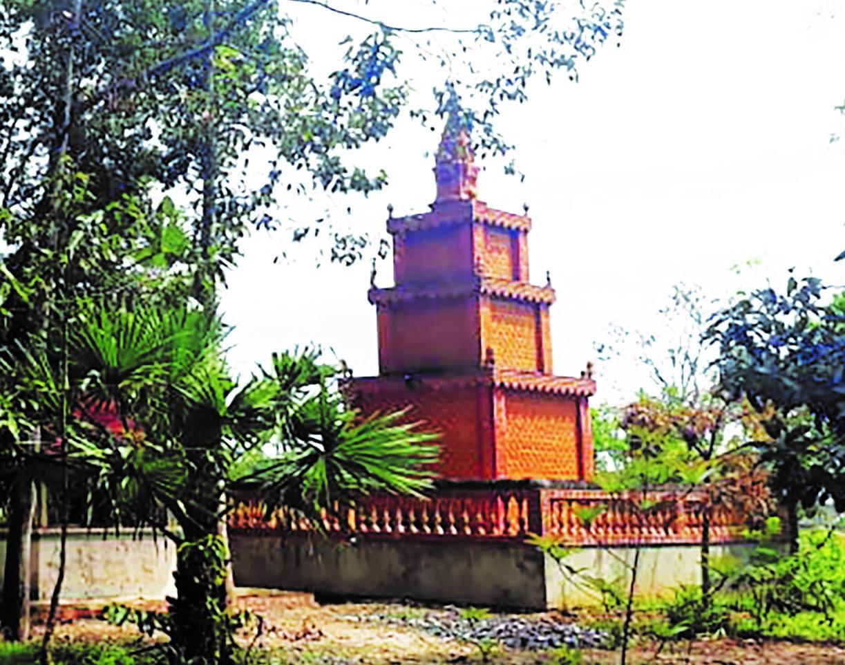 Tây Ninh: Chùa Svay và khu vườn mộ độc đáo Ảnh 2