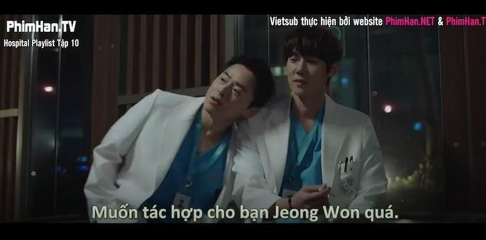 Hospital Playlist tập 10: Thời gian dành cho những câu chuyện tình yêu chớm nở, Jung Won phân vân nên chọn con tim hay là nghe lý trí Ảnh 16