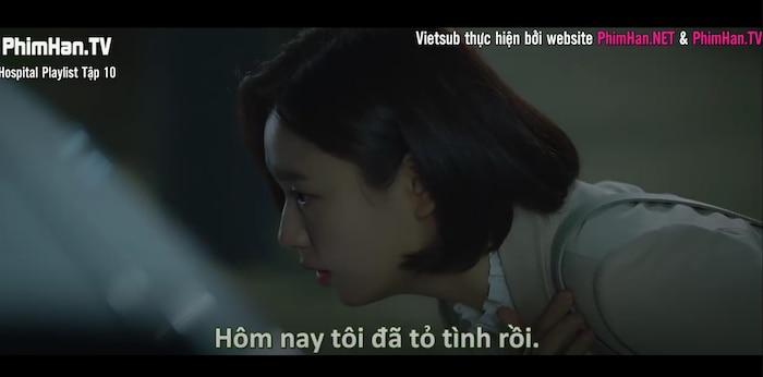 Hospital Playlist tập 10: Thời gian dành cho những câu chuyện tình yêu chớm nở, Jung Won phân vân nên chọn con tim hay là nghe lý trí Ảnh 14