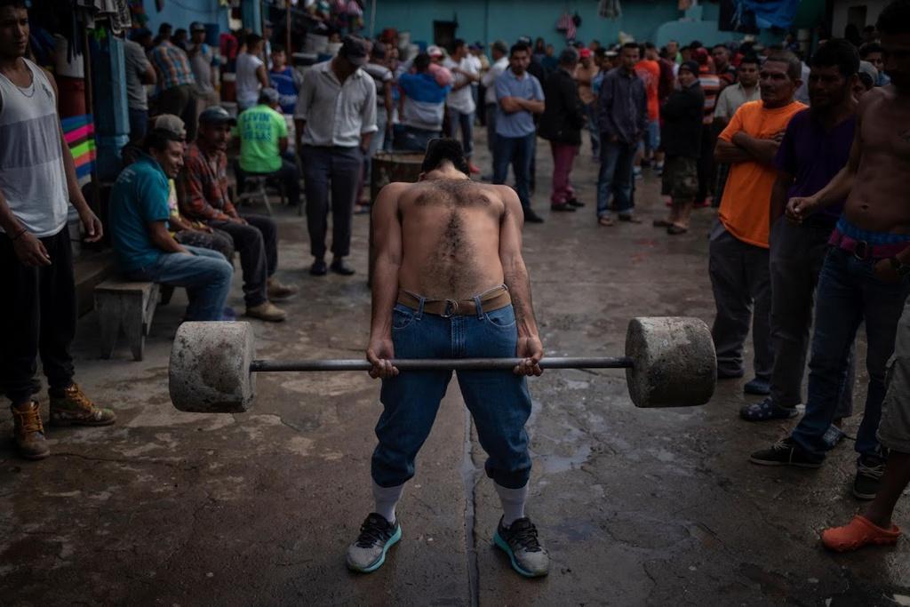 Những nhà tù chật ních ở Honduras giữa đại dịch Ảnh 1