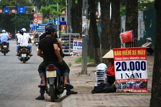 Bảo hiểm xe máy giá rẻ bán tràn lan, doanh nghiệp sẽ bị xử phạt Ảnh 1