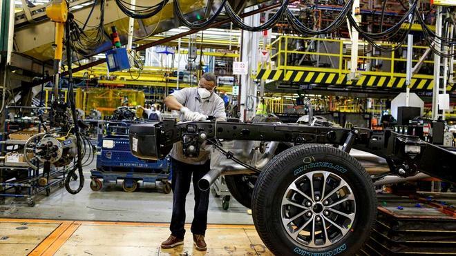 Nhà máy sản xuất ôtô Ford đóng cửa lần 3 vì virus corona Ảnh 2