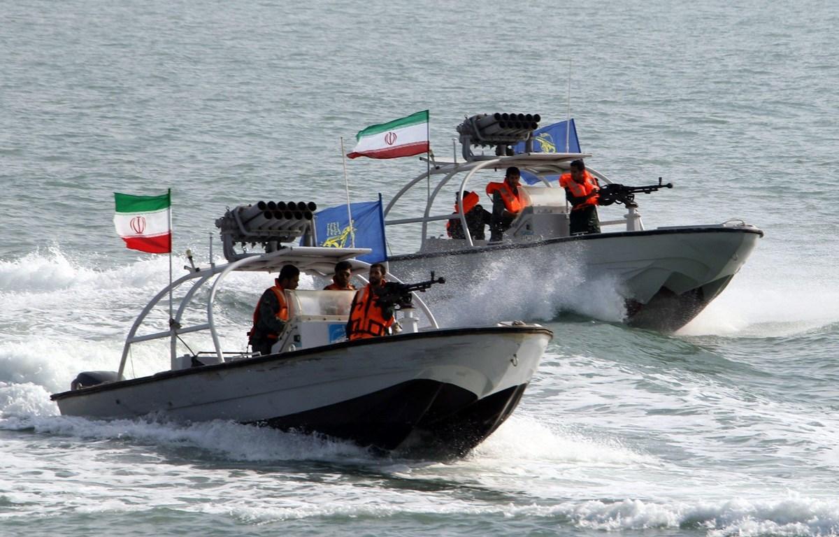 Iran: IRGC nhận 112 tàu cao tốc tên lửa, tăng cường sức mạnh tấn công Ảnh 1