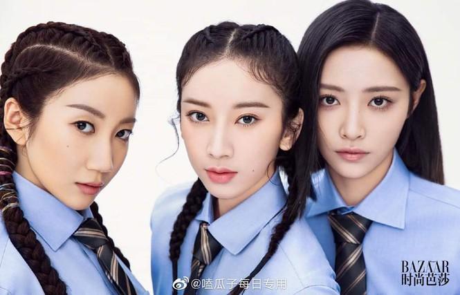 Top 20 'Thanh Xuân Có Bạn 2' chụp 'ảnh tốt nghiệp' lên hẳn tạp chí Harper's Bazaar Trung Ảnh 4