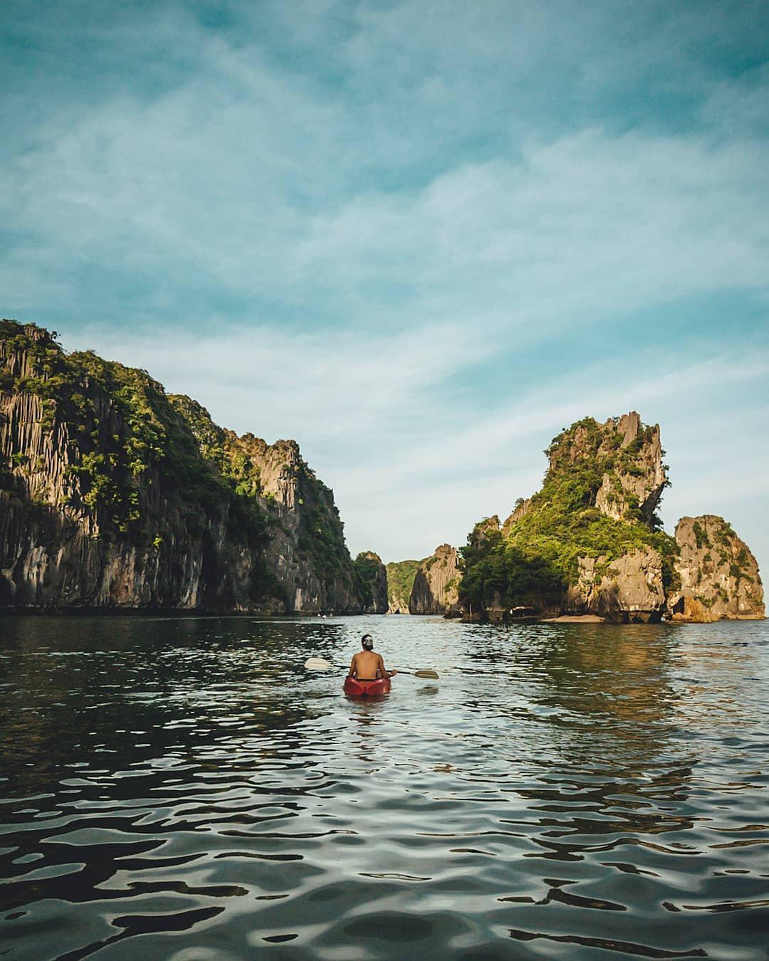 Ai tới vịnh Lan Hạ rồi mới hiểu tại sao Leonardo DiCaprio phải tấm tắc khen ngợi: Vẻ đẹp hoang sơ của 'thiên đường bị bỏ quên' giữa Hải Phòng Ảnh 4