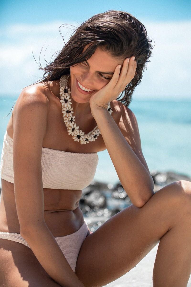 Nàng mẫu Kamila Hansen quá đỗi gợi cảm với áo tắm Ảnh 8