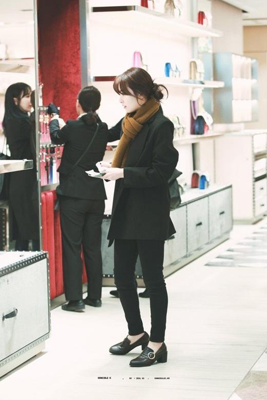 Thời trang đời thường đỉnh cao khiến Seulgi là nữ idol mặc đẹp hàng đầu Kpop Ảnh 2