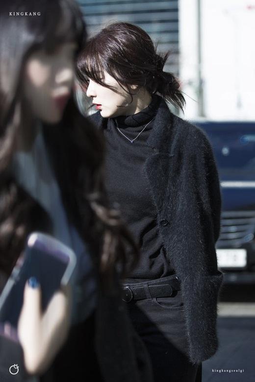 Thời trang đời thường đỉnh cao khiến Seulgi là nữ idol mặc đẹp hàng đầu Kpop Ảnh 1