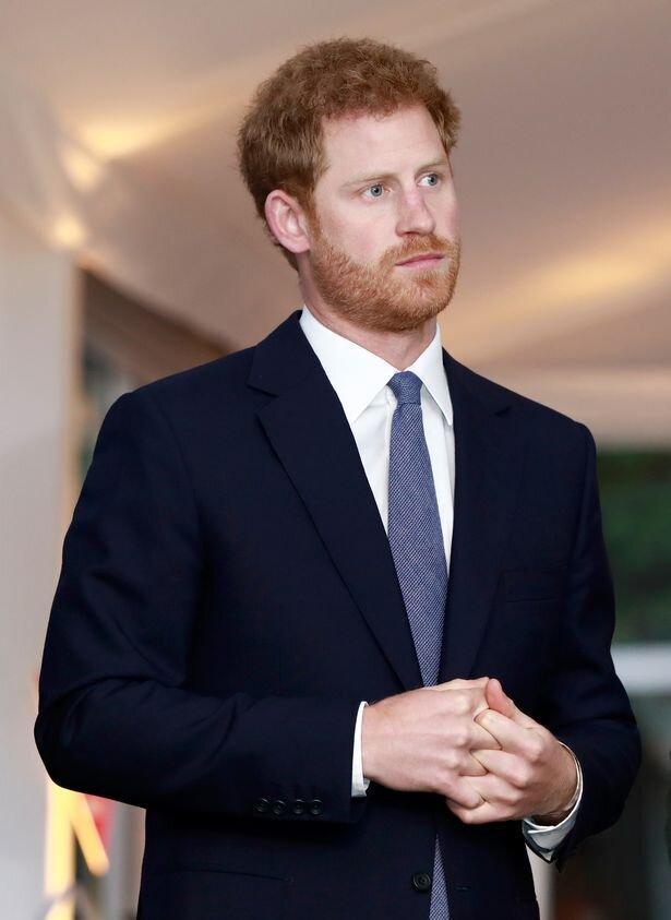 Hoàng tử Harry tiếp tục xa lánh gia đình, tránh liên hệ với William và Kate Ảnh 1