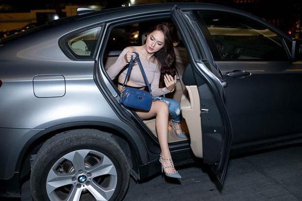 Dàn xế sang có giá hơn 13 tỉ của Hoa hậu Hương Giang Ảnh 3