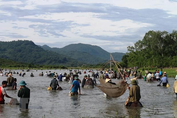 Độc đáo lễ hội Đồng Hoa - lễ hội đánh cá lâu đời gần 300 năm Ảnh 3