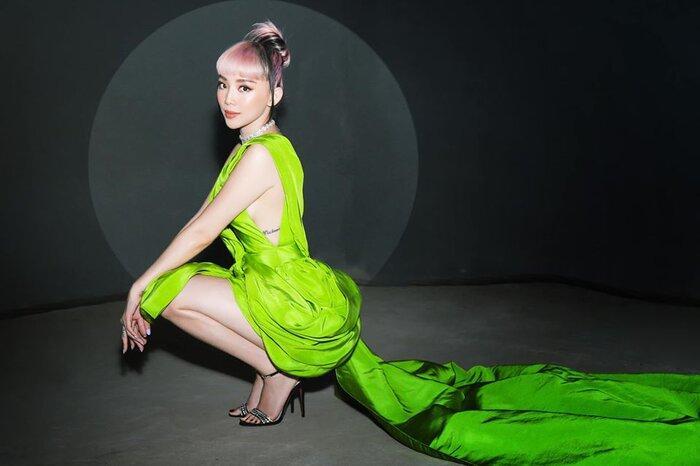 Ninh Dương Lan Ngọc, Tóc Tiên xuất sắc khi diện trang phục cut -out gợi cảm khoe khéo hình xăm Ảnh 8