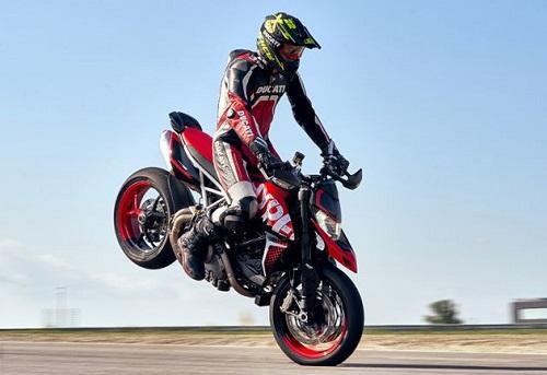 2020 Ducati Hypermotard 950 RVE ra mắt, công suất 114 mã lực Ảnh 1