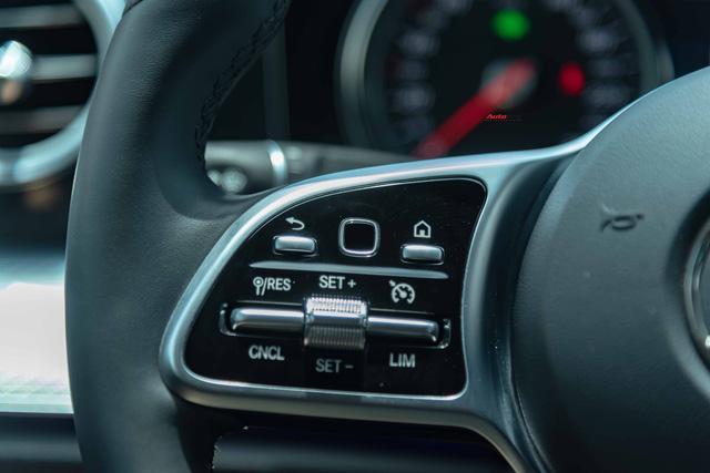 Mua lại Mercedes-Benz E 200 Sport mới chạy 2.000km, đại gia Việt lời tới nửa tỉ đồng Ảnh 13