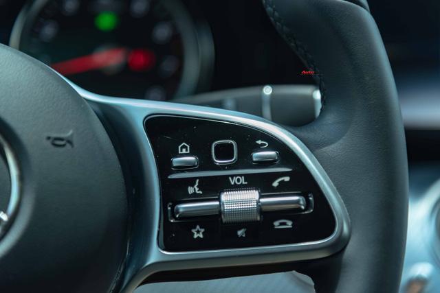 Mua lại Mercedes-Benz E 200 Sport mới chạy 2.000km, đại gia Việt lời tới nửa tỉ đồng Ảnh 14